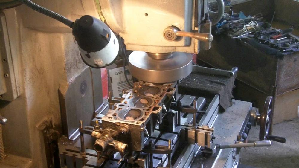 90Как сделать станок для расточки цилиндров